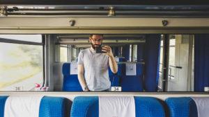 Dlaczego lubię jeździć pociągami?